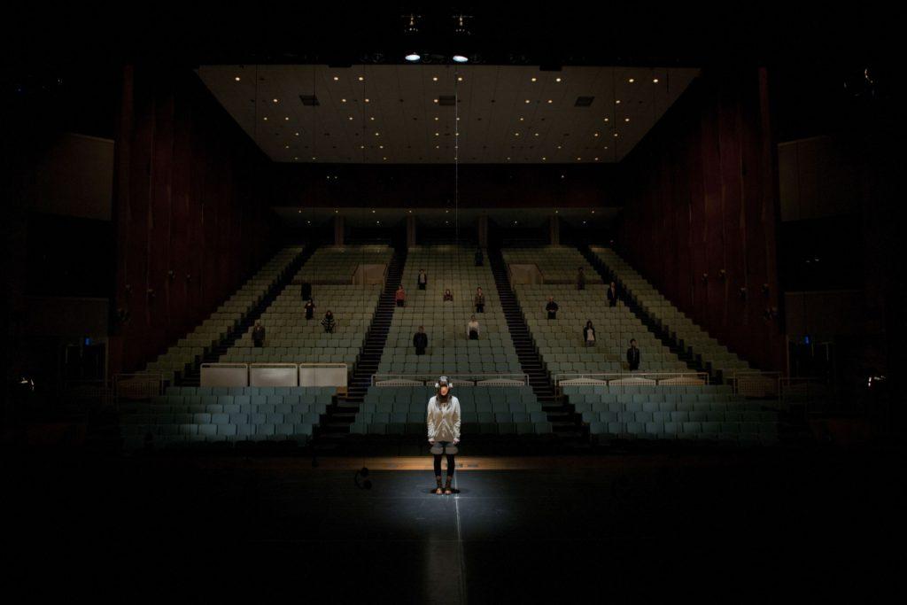 地域とアーティストとの共同制作舞台「それはかつてあった」